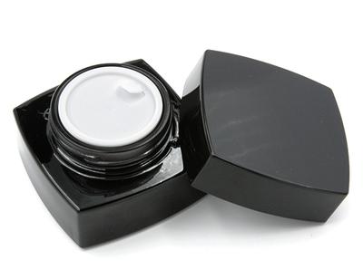Баночка косметическая 50 мл черное стекло